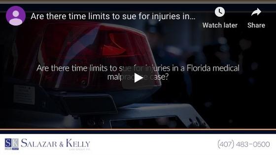¿Hay límites de tiempo para demandar por lesiones en un caso de negligencia médica en Florida?